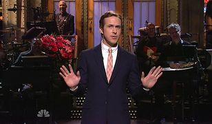 """Ryan Gosling jako prowadzący """"Saturday Night Live"""". Legendarny amerykański format trafia do Polski - naszą wersję programu pokaże Showmax."""
