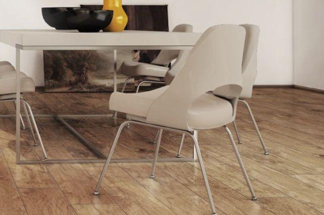 Ochrona drewna podłogowego. Podłoga olejowana, lakierowana czy woskowana?