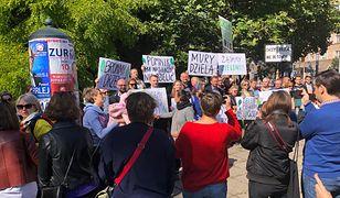 Kraków. Protest mieszkańców przeciwko rewitalizacji. Wolą zieleń zamiast betonu