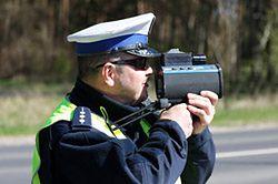 Kierowcy o zabieraniu prawa jazdy za prędkość
