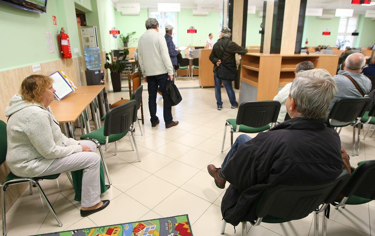 ZUS przyjął już 350 tys. wniosków emerytalnych. Więcej niż zakładano