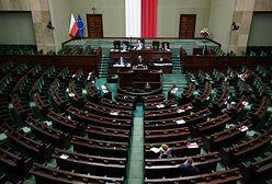 """Bitwa o Konwencję stambulską. KO i Lewica zapowiadają sprzeciw wobec projektu """"Tak dla rodziny, nie dla gender"""""""