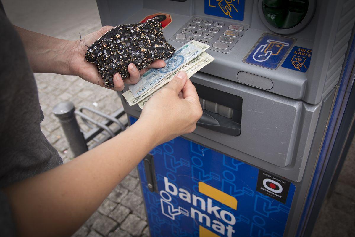Do czego nie będą mieli dostępu klienci obu instytucji finansowych?