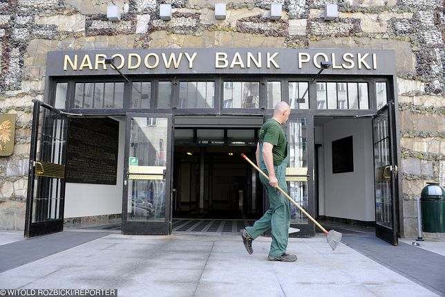 Powstała lista VIP-ów  SKOK Wołomin. Na niej pracownik NBP z milionowym długiem.