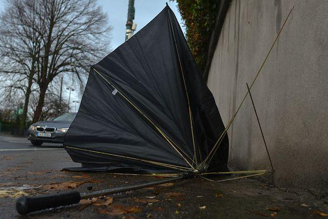 deszcz parasol pogoda