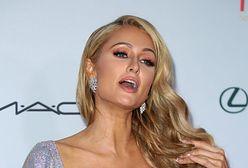 Paris Hilton znów pokazała za dużo. Głęboki dekolt spłatał jej figla
