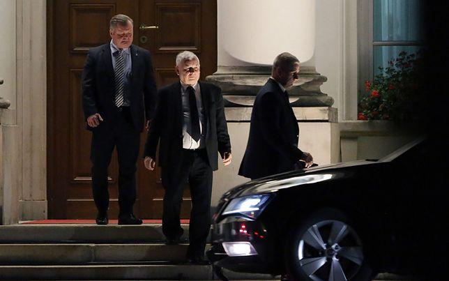 Jarosław Kaczyński opuszcza Belweder po spotkaniu z Andrzejem Dudą