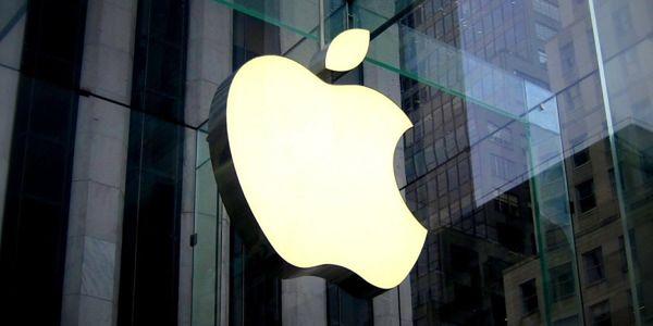 Apple to firma komputerowa, produkująca sprzęt elektroniczny - komputery osobiste, smartfony, tablety i odtwarzacze muzyki