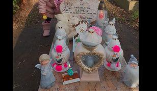 """Zrobiła sobie reklamę na grobie 2-letniej Nikoli. Teraz przeprasza. """"Grób córki to dla mnie świętość"""""""