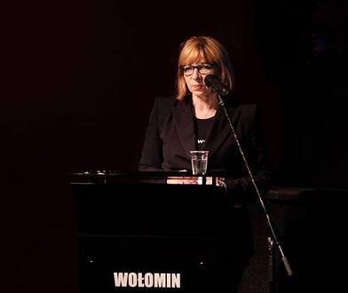 Burmistrz Elżbieta Radwan odpiera zarzuty