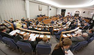 Urzędnicy Kancelarii Senatu dbają o to, by prace Izby przebiegały sprawnie