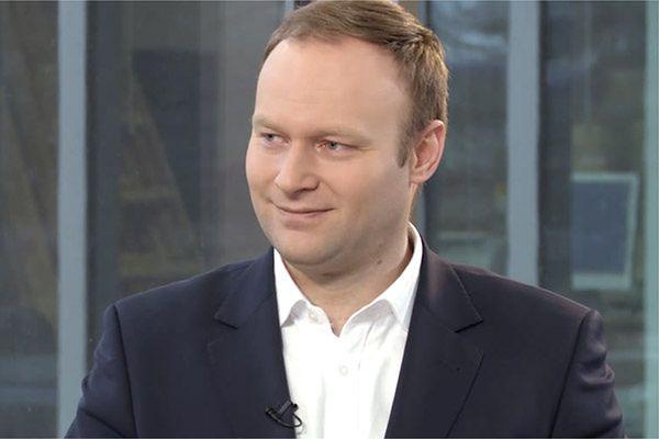 """Ale zaskoczenie! Jarosław Kaczyński """"wyciął"""" rzecznika kampanii PiS"""
