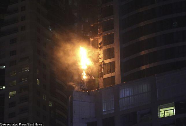 Spektakularny pożar w Dubaju. Płonął 80-piętrowy apartamentowiec