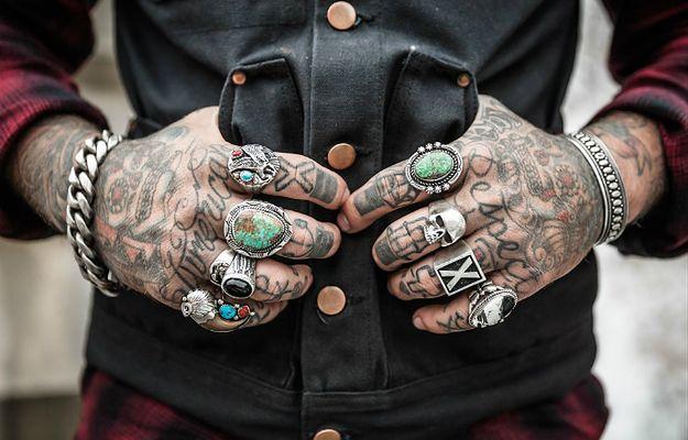 Tatuaże mogą powodować raka. Ryzyko wzrasta jeszcze bardziej przez jeden konkretny kolor