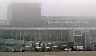 """Lotnisko Chopina czasowo zamknięte. """"Wszystko z powodu gęstej mgły"""""""