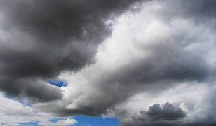 Pogoda – środa, 10 lipca 2019. Lato zmieniło się w jesień. Deszcz, wiatr, a miejscami burze. Najlepiej mają osoby jadące nad morze