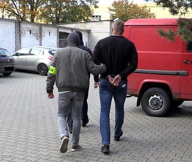 Warszawa. Zlecili podpalenie klubu przy Foksal. Dostali pomoc z tarczy antykryzysowej