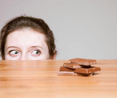 Dietetyczka postanowiła rozwikłać zagadkę dotyczącą pragnienia czekolady.