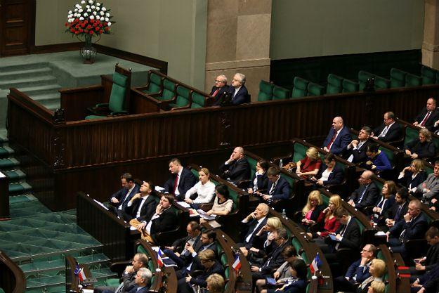 Były prezes Trybunału Konstytucyjnego: uchwały Sejmu ws. TK nie mają żadnego waloru prawnego