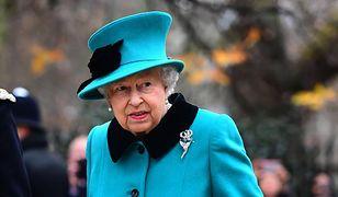 Królowa Elżbieta nie może się wypowiadać na tematy polityczne