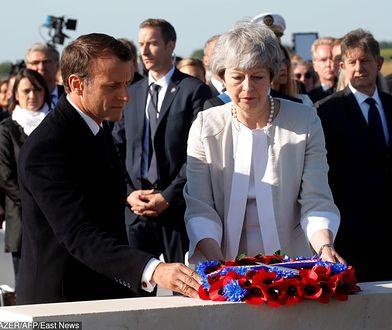 Lądowanie w Normandii. Theresa May i Emmanuel Macron.