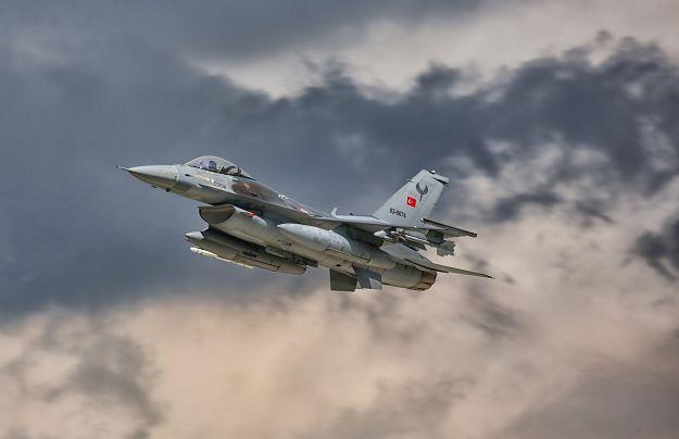 Turcja: w nalotach i atakach lądowych zginęło 104 dżihadystów z IS