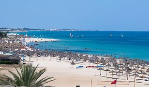 """Wakacje 2021. Tunezja rajem dla zaszczepionych. """"Mają doskonałą sytuację"""""""