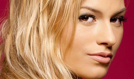 Informatycy najczęściej ulegają blondynkom w sieci