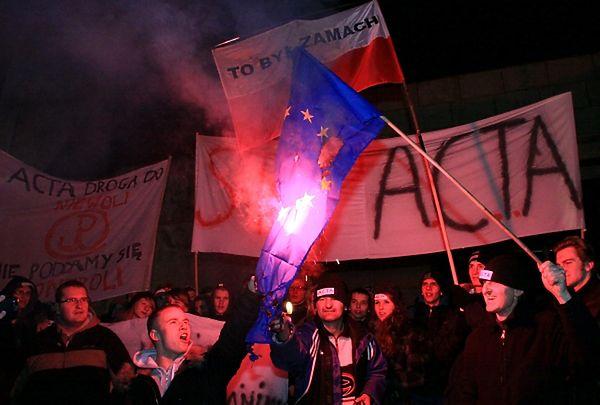 Demonstracja przeciwko podpisaniu przez polski rząd ACTA (Anti-Counterfeiting Trade Agreement)