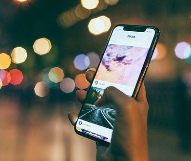 Jak płacić zbliżeniowo smartfonem? Krótki poradnik