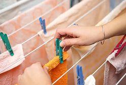 Susz nie tylko na balkonie. Praktyczne suszarki, które zmieszczą całe pranie