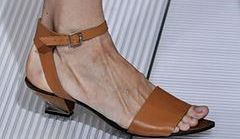 Sandały na lato 2013 - co jest modne?