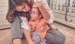 Profil Wendzikowskiej na Instagramie wypełniają zdjęcia z córeczką.