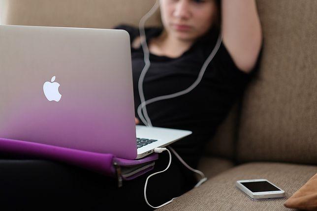 Apple ma problemy z bateriami. Prosi o zwrot laptopów, bo mogą spłonąć