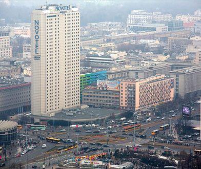 W każdy weekend znika część Warszawy
