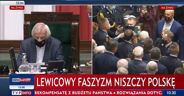 Słynny pasek TVP Info podczas obrad Sejmu z dnia 27.10.2020 r.