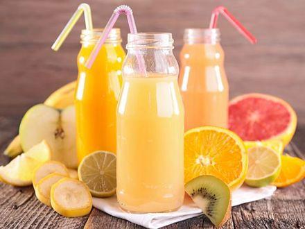 Czy osoby na diecie mogą pić soki owocowe?