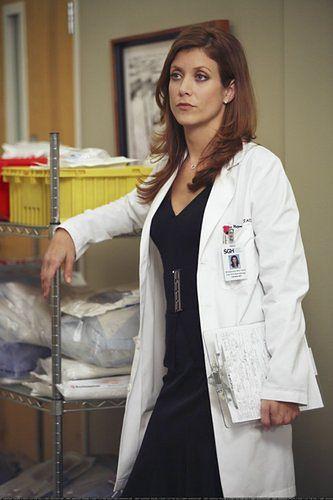 "Kate Walsh w serialu ""Chirurdzy"""