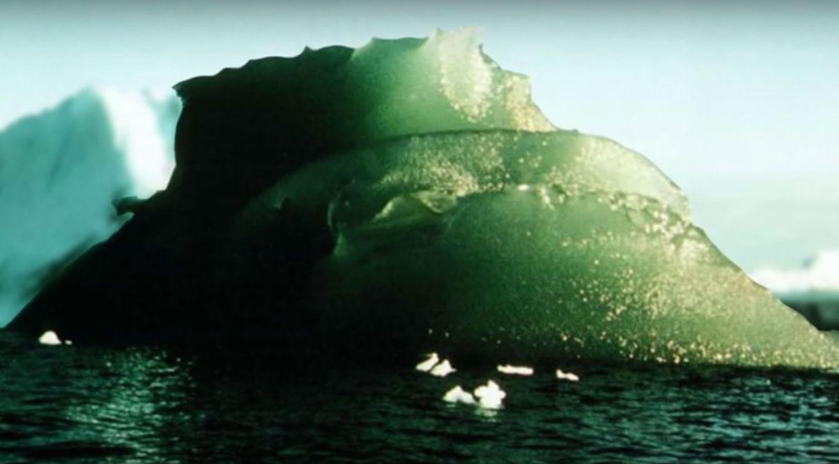 Tajemnica zielonych lodowców. Wiadomo, co stoi za ich nietypowym kolorem