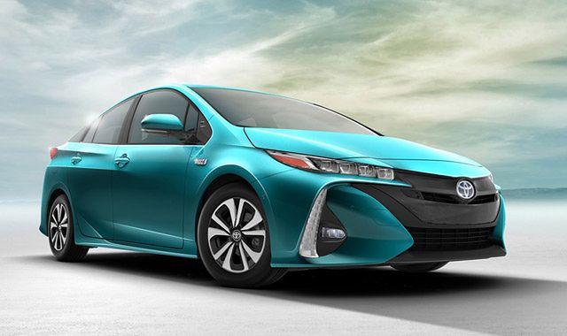 Toyota Prius Prime: napęd z gniazdka
