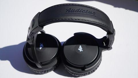 Audictus Voyager — nieźle brzmiące słuchawki nauszne dla cierpliwych