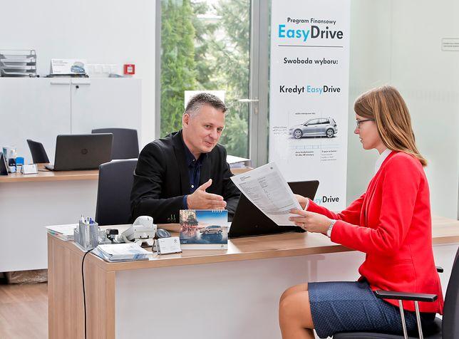 Czy twój samochód musi być… twój? Wydasz mniej i będzie mieć lepsze auto