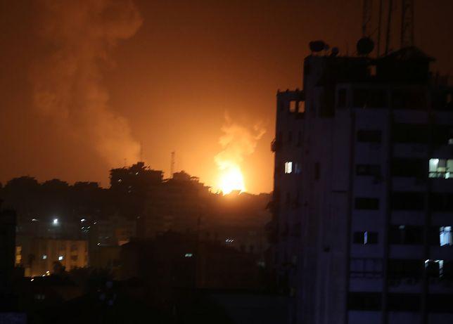 """Palestyńczycy rakietami ostrzelali Tel Awiw. Netanjahu może """"cieszyć się z prezentu"""""""