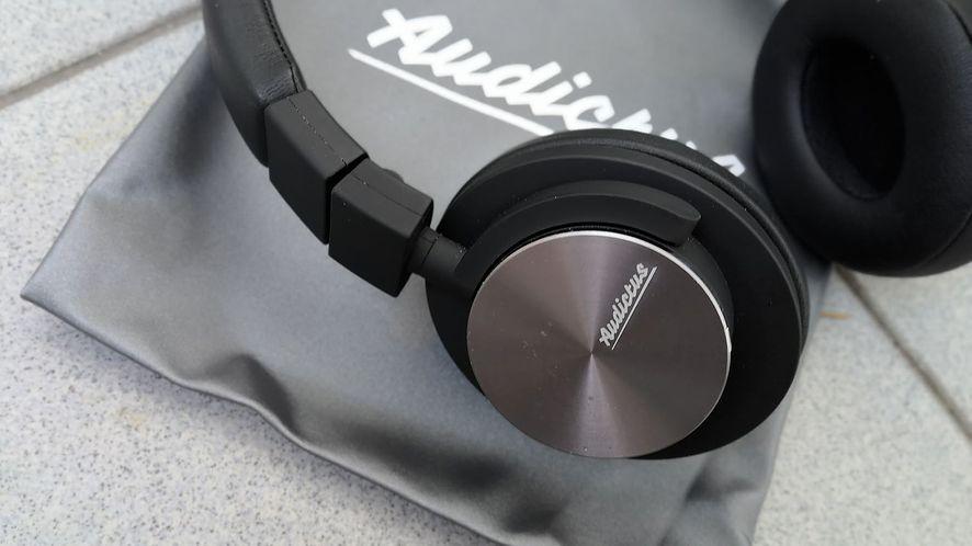 Test Audictus Achiever –  uniwersalne słuchawki nauszne w dobrej cenie