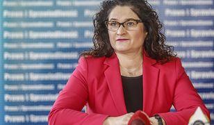 Arciszewska-Mielewczyk rezygnuje z bycia patronką statku. Wcześniej zmieniono dla niej zasady
