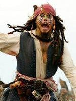 Jack Sparrow. Pirat nieco ekscentryczny z zamiłowaniem do rumu i złota