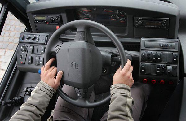 Gdynia: kierowca wyrzucił pasażerkę z autobusu i odjechał z przystanku