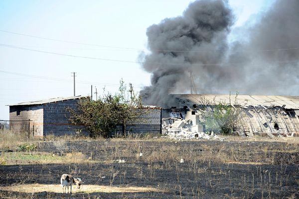 Efekty bombardowań na przedmieściach Nowoazowska
