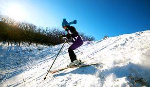 Strój narciarski – kurtka, spodnie i dodatki