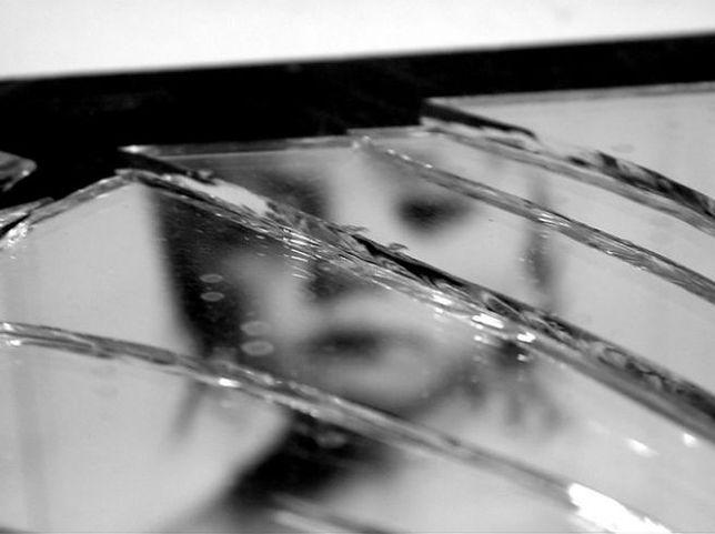 Brytyjski żołnierz stanie przed sądem w Austrii. Za gwałt na 6-latce